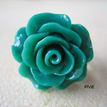 Emerald Green Rose on Antique Brass Filigree Ring - Adjustable - Jewelry by FIVE